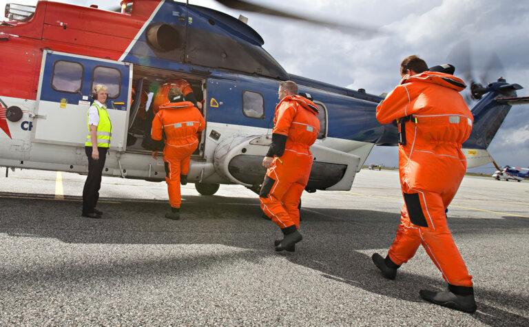 Fullstendig uakseptabelt å gjenoppta offshoreflyging med fulle helikoptre nå
